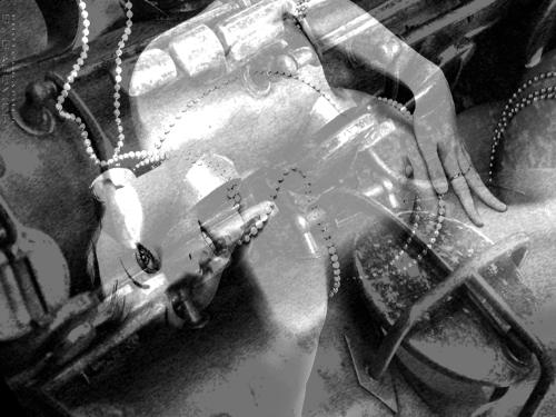 tenor-sax-keys-w-pearlsbw